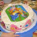Születésnapi torta plusz meglepetéssel