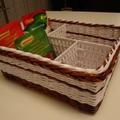 Papírból font fűszertartó kosár