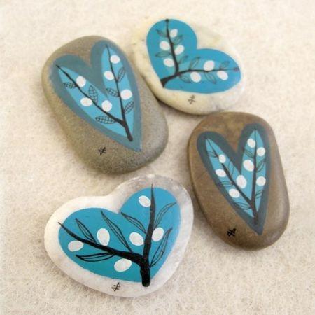 stones hearts.jpg