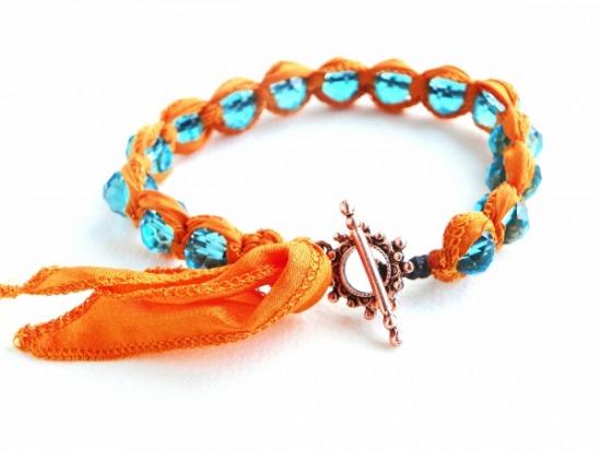 Spring bracelet1 (600x450).jpg