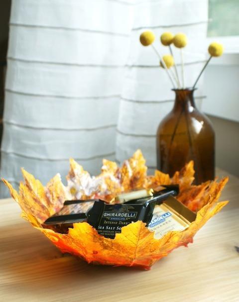 diy-autumn-leaf-bowls1.jpg