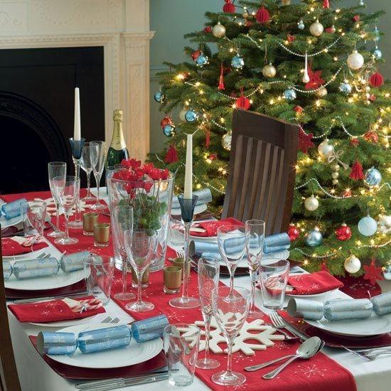 christmas-table-decoration-ideas-6.jpg
