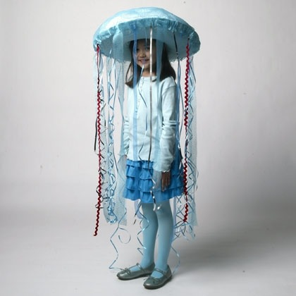 jellyfish-costume-halloween-craft-photo-420-FF1009HALLA12.jpg