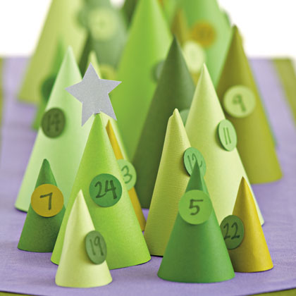 cone-iferous-advent-calendar-christmas-craft-photo-420-FF1110CREAT04.jpg