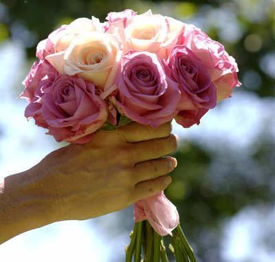 summer-rose-bouquet_lg.jpg