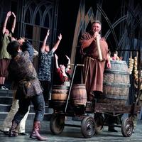 Gesztesi Károly lesz Tuck barát a Robin Hoodban