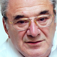 Én nem játszottam el soha a rendezőt vagy a direktort  - Szinetár Miklós 85 éves