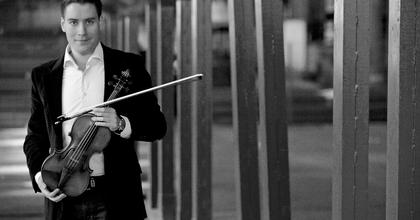 A Mariinszkij Színház zenekarával lép fel Baráti Kristóf Londonban
