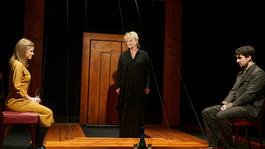 Básti Juli nagysága – Kritikák a Kísértetekről