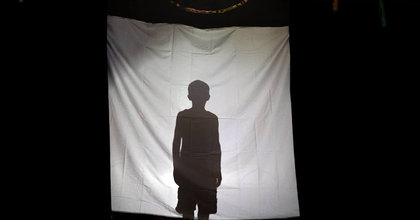 Borsodi roma fiatalok történetei az Operettszínházban és a Klauzál téren
