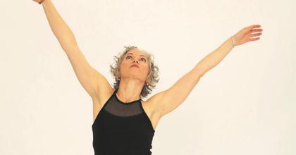 Szabad egy táncra? – Interaktív táncelőadás (nem csak) 60 éven felülieknek