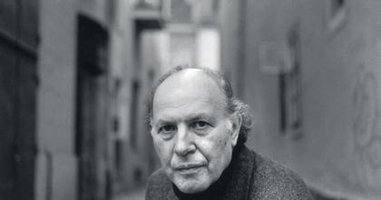 Elhunyt Kertész Imre