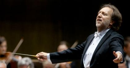 Távozik a lipcsei Gewandhaus zenekarától Riccardo Chailly