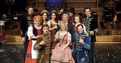 A Budapesti Operettszínház művészei megállították az időt