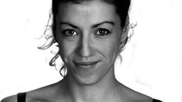 A drámaírónő, akit fuvolistának szántak és rendező lett