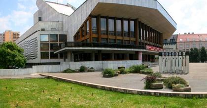 Gazdasági ügyintézőt keres a győri színház