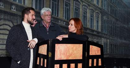 Koltay Gábor a Turay Ida Színházban rendez