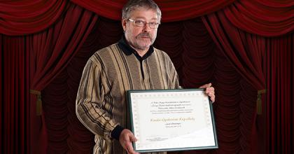 Kitüntetést kapott a békéscsabai Színitanház