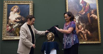 Jászai Mari halotti maszkja a debreceni Déri Múzeumban