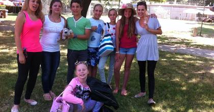 Mahó Andrea gyerekklubot indít