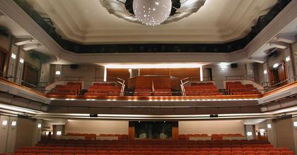 Kirják Róbert vezetheti tovább a nyíregyházi színházat