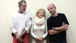 Mesterhármas – Egy szórakoztató és kegyetlen vígjáték a Rózsavölgyi Szalonban