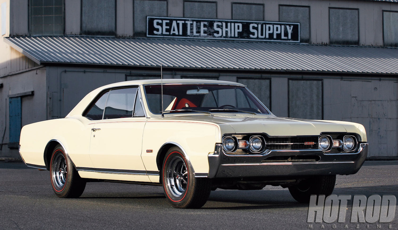 mscp-1110-1967-oldsmobile-4-4-2-01.jpg