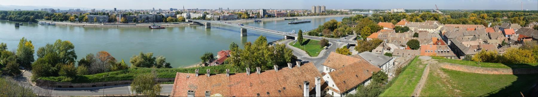 novi_sad_gigapixelna_panorama2.jpg
