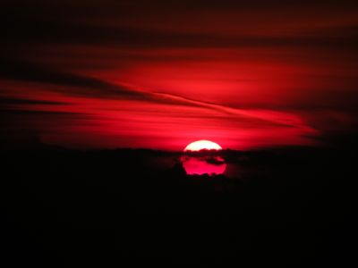 A red sunrise over the Black Sea. Photo by Moise Nicu, 2008-02-18