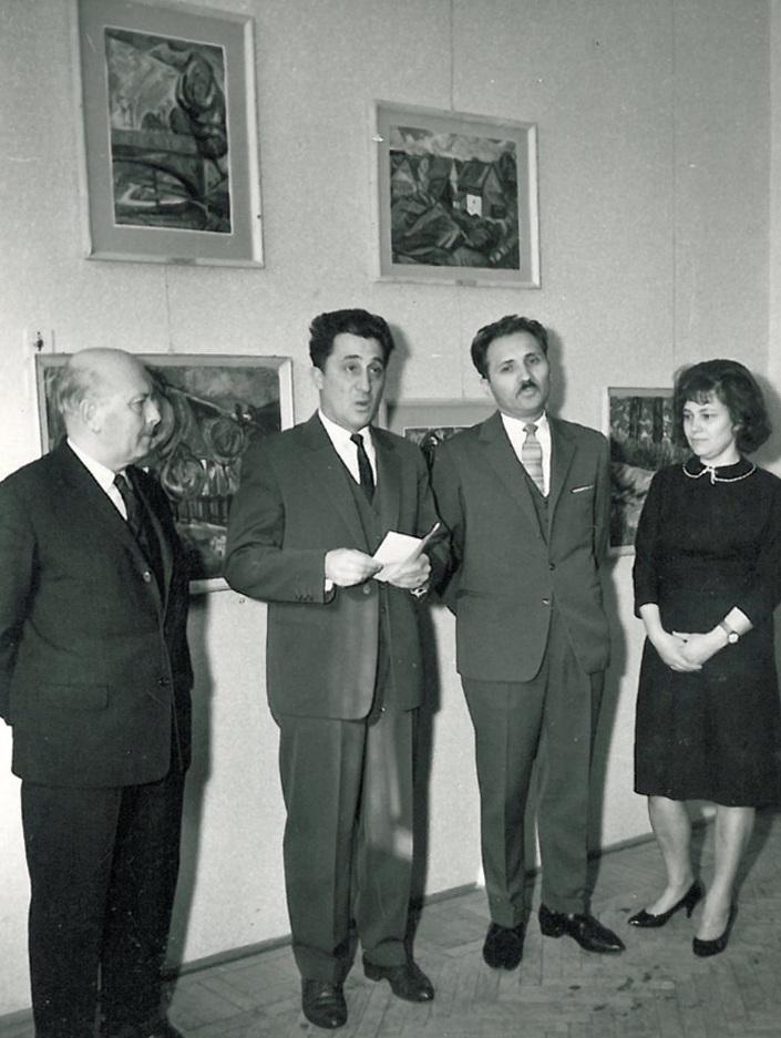 elso_egyeni_kiallitasom-_marosvasarhely_kulturpalota_1967.jpg