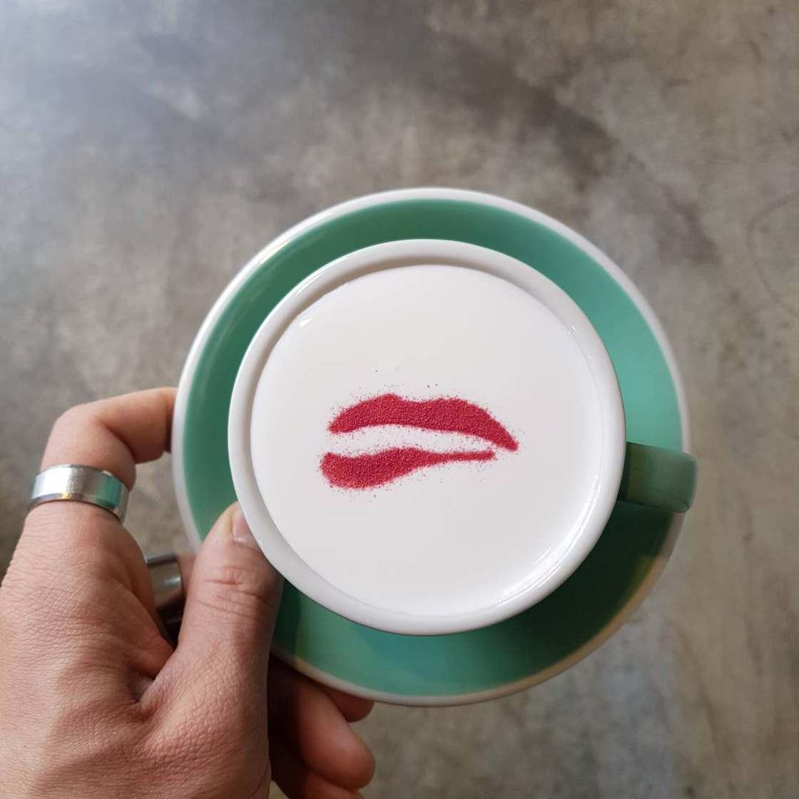 art-on-coffee-lee-kang-bin-3.jpg