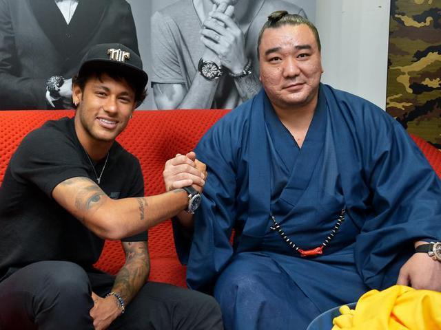 Neymar és Harumafuji