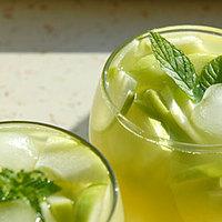 Hűsítő nyári almás tea koktél