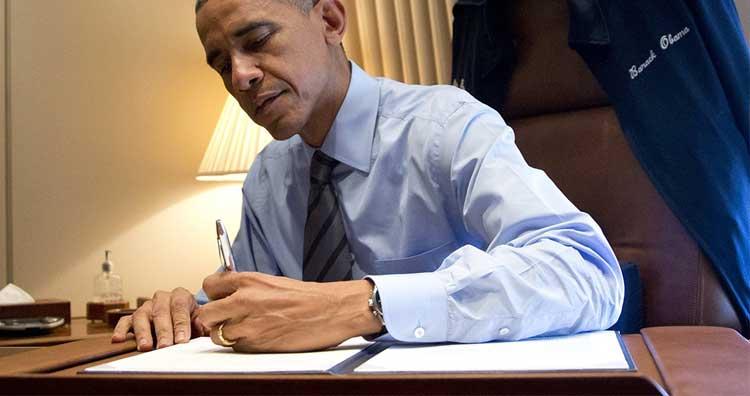 left-handed-obama.jpg