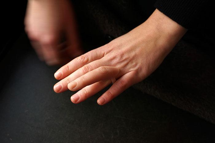 ear-earrings-finger-rings-nadja-buttendorf-4.jpg