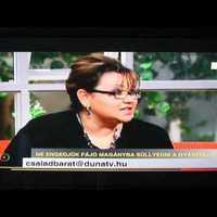 Halottak napja alkalmából a Duna TV-ben Mackó Mónika polgári búcsúztatóval