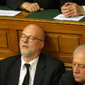 Ébredő ombudsman - nincs ez későn?