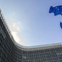 Az Európai Unió tartja lélegeztetőgépen a magyar gazdaságot