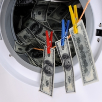 Századvég: csak egy pénzmosoda?