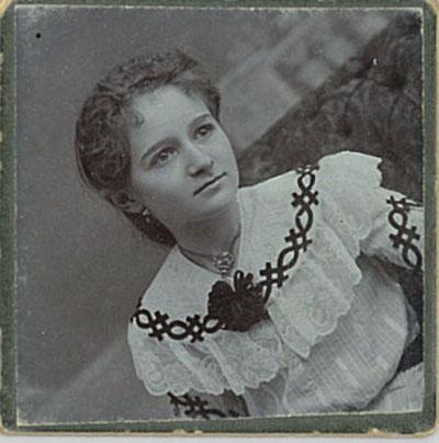 1902 Tenzi 400x400.jpg