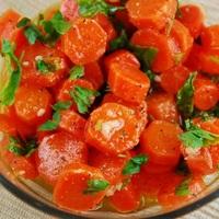 Vegán sárgarépa saláta - mindössze 74 kcal