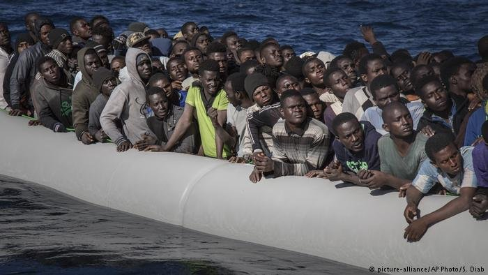 migrants-at-sea2.jpg