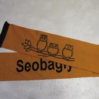 Arany színű sál felajánlásunk a seobaglyak verseny első helyezettjének
