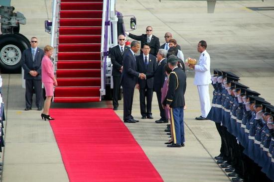 Obama_welcome.jpg