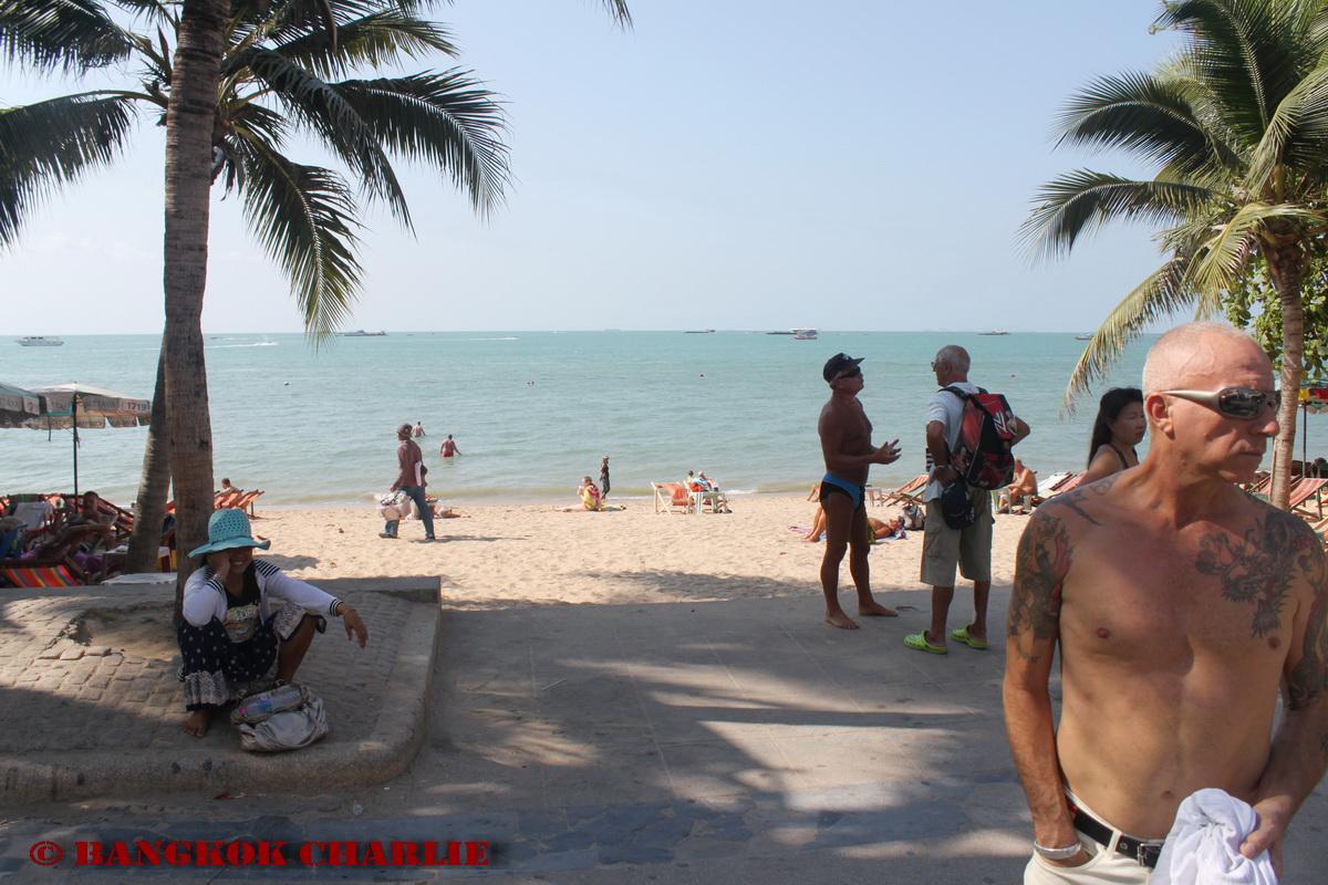 pattaya-beach_4407576311_o.jpg