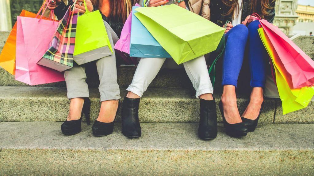 shoppingteens.jpg
