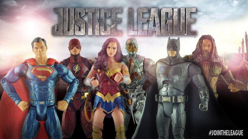 Bemutatták az Igazság Ligája figurákat