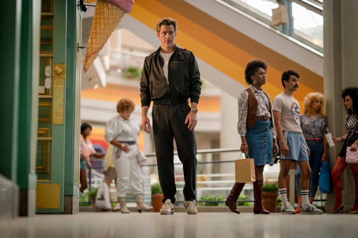 Steve Trevor visszatér - Hivatalos Wonder Woman 2 képek érkeztek!