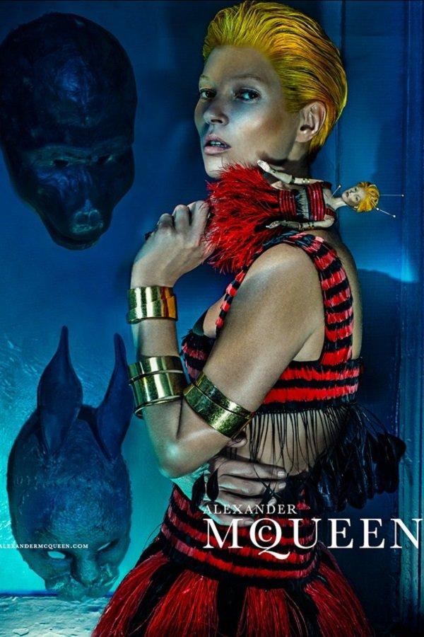 McQueen-Moss-5-Vogue-27Jan14-Steven-Klein_b_592x888