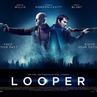 Looper - A jövő gyilkosa (Looper) 2012